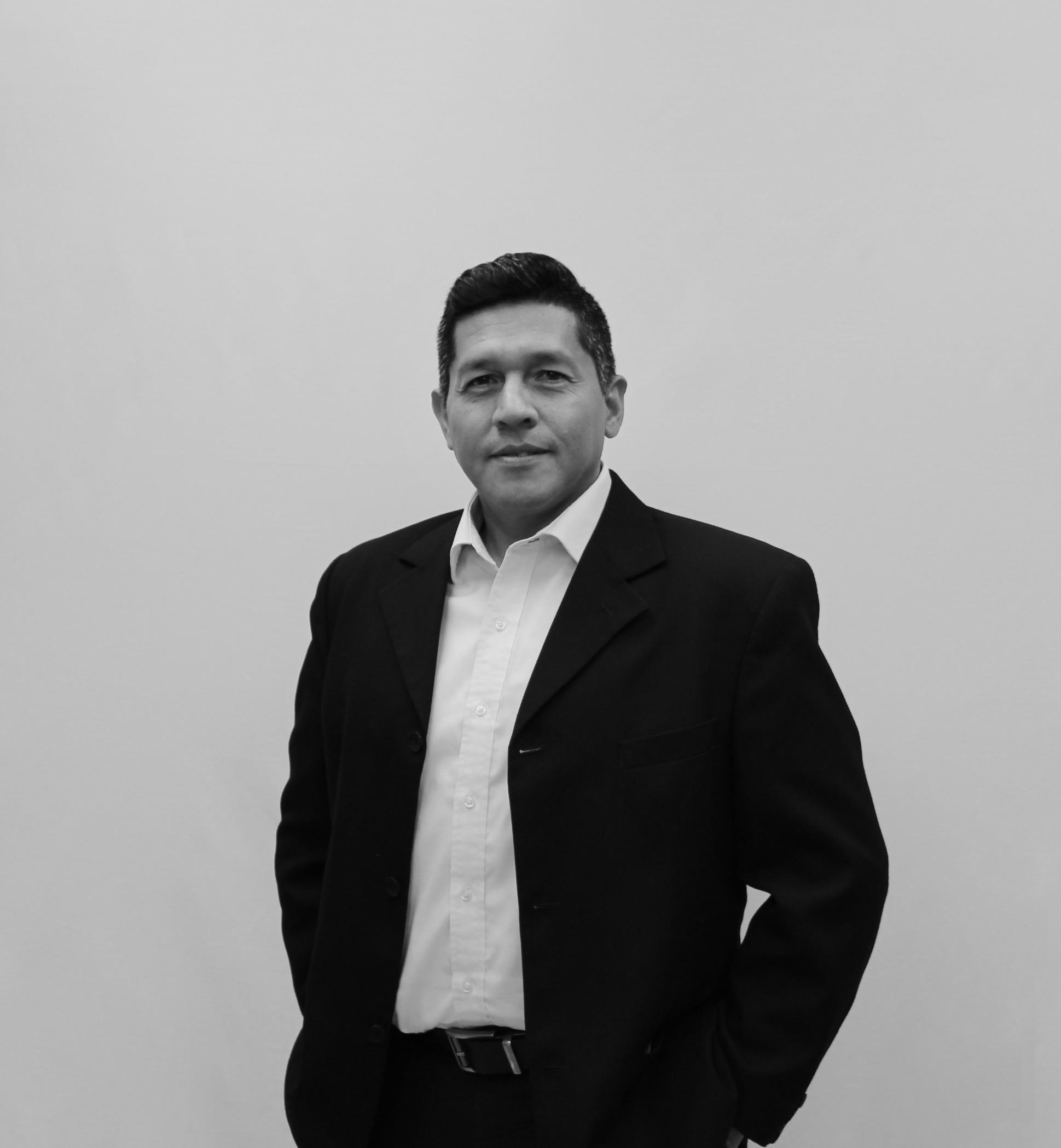 Carlos <br>Ayala Paredes