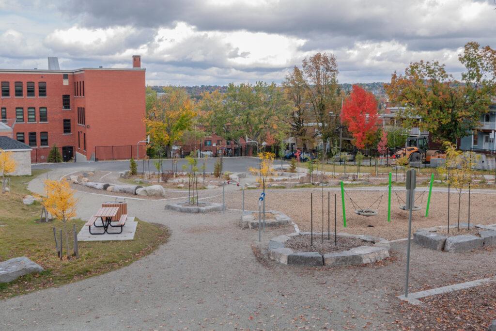 Réaménagement de la cour de l'école LaRocque<span>Sherbrooke, Québec</span>